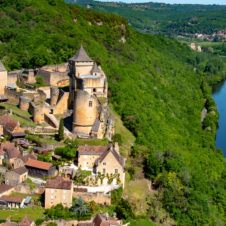 Castelnaud et Beynac, ennemis de toujours...